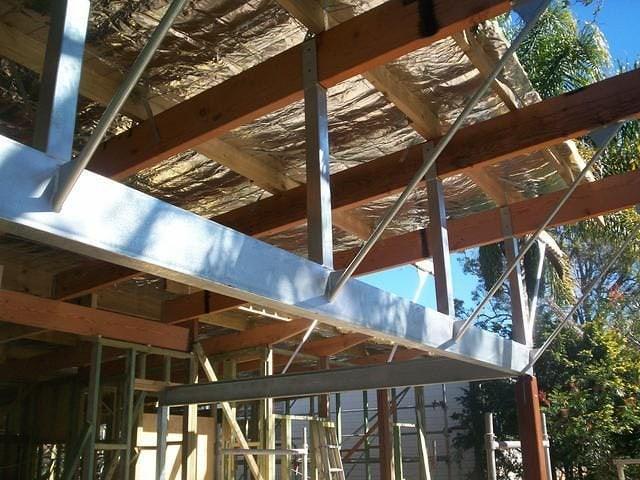 Steel Structures 10