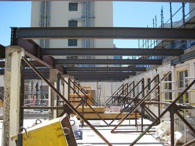 Steel Structures 15