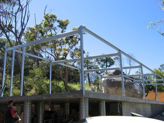 Steel Structures 16