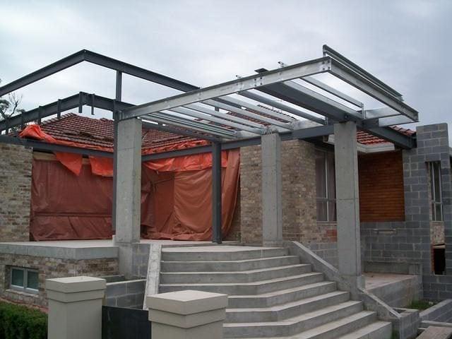 Steel Structures 24