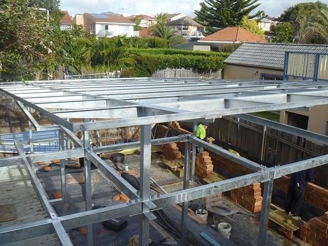 Steel Structures 27